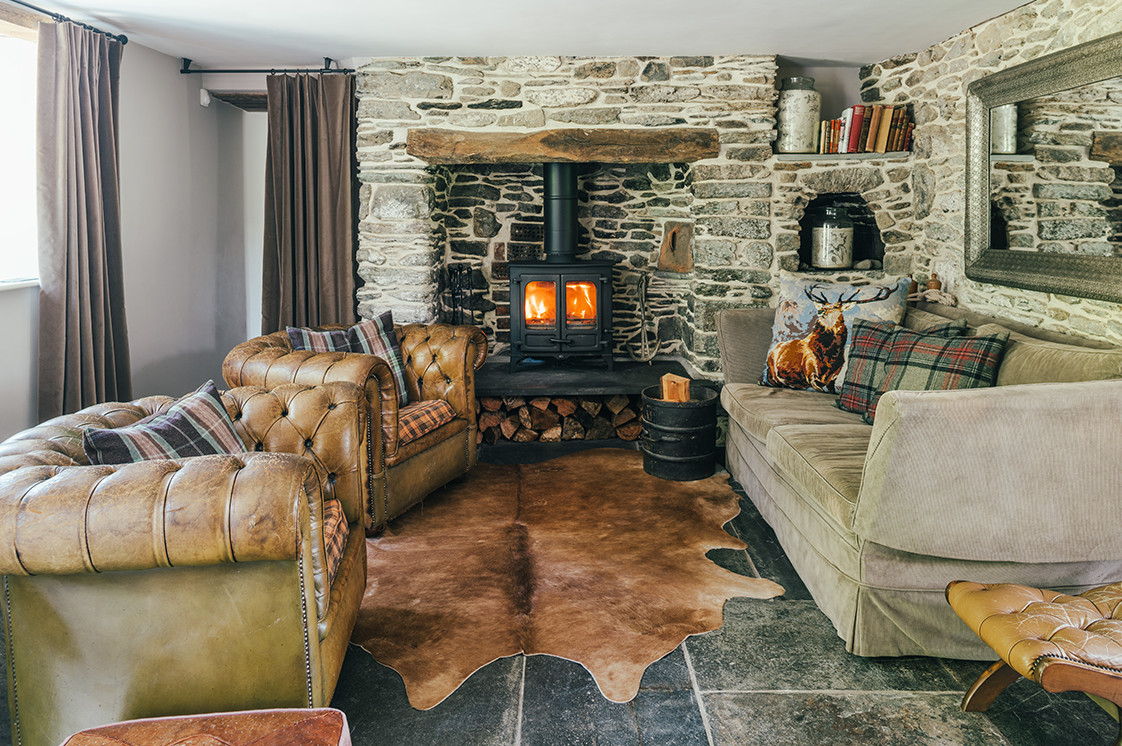 Tregulland Cottage - the accommodation